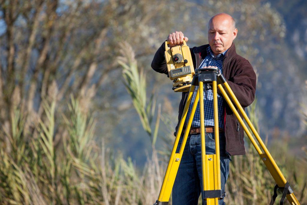 surveying-equipment